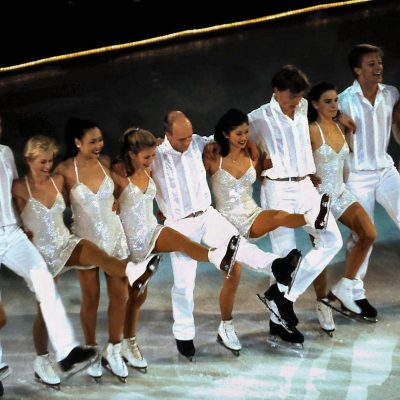 Stars on Ice finale, ice skaters dressed in white